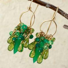 cristalli verde peridot e smeraldo