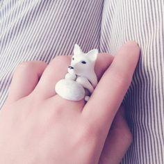 Conjunto de nieve zorro blanco 3 pieza anillo - anillo de esmalte, anillo de animales, animales joyas, esmalte joyería de cobre amarillo, anillo de trío, Cutie Animal, Mary Lou