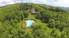 - Ca di Bracco pool, garden and house