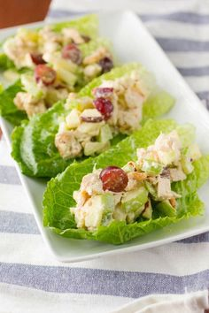 Low carb and high in protein Chicken and Apple Salad Lettuce Cups that are sweet and savory with a nice crunch from walnuts. Super quick and easy to make too!