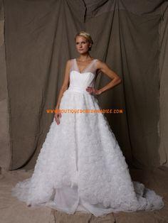 Robe de mariée 2011 romantique en organza col V