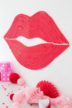 Lips Balloon Wall |