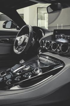 Beautiful Mercedes AMG GT dash and interior. Mercedes Amg, Benz Auto, Porsche 918 Spyder, Automobile, Car Goals, Future Car, Exotic Cars, Cars Motorcycles, Luxury Cars