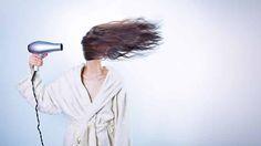 Vitamine voor je haar is zeer belangrijk. Zo zullen bepaalde vitamine voor je haar helpen bij het sterker maken van het haar. Andere zullen de leeftijd van