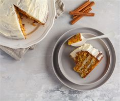 This carrot cake recipe is undoubtably the best that you will ever bake. The cake is moist and the cream cheese frosting gives perfect finish. Carrot Spice Cake, Carrot Cake Cheesecake, Gluten Free Cheesecake, Best Carrot Cake, Best Dessert Recipes, Fun Desserts, Delicious Desserts, Cake Recipes, Gluten Free Baking