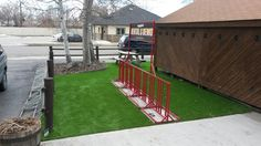 Want a Green Yard Year Round? Consider Synthetic Grass!