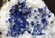 Shattuckite in quartz, Namibia. Amethyst, Quartz, Gems, Texture, Crystals, Rocks, Crafts, David, Photos