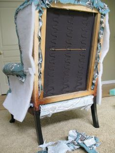Modest Maven: Vintage Blossom Wingback Chair -- decent tutorial and includes links for more helpful info. Reupholster Furniture, Upholstered Furniture, Painted Furniture, Tufted Headboards, Furniture Projects, Furniture Makeover, Diy Furniture, Do It Yourself Furniture, Do It Yourself Home