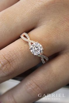 14k Rose Gold Round Twisted Engagement Ring