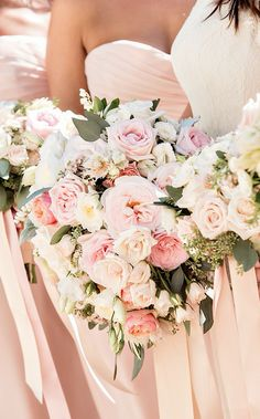 Lush Pink & Peach Bouquet | Photography: Laurie Bailey Photography. Read More: http://www.insideweddings.com/weddings/oceanfront-wedding-ceremony-classic-romantic-ballroom-reception/854/