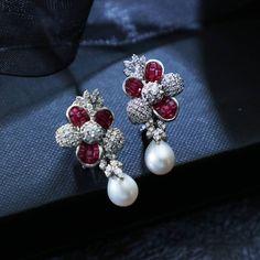 #Diamond #Earrings #Rubies #MJJewellery #Manubhai #Mumbai #Borivali #Pearls #Elegant