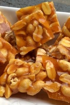 Peanut with wonderful peanut - Nutella 2019 Yummy Recipes, Peanut Recipes, Delicious Desserts, Dessert Recipes, Yummy Food, Yummy Yummy, Food N, Food And Drink, Nutella