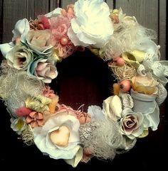Vintage koszorú  - lágy pasztell színekben (22 cm) (pinkrose) - Meska.hu Burlap Wreath, Floral Wreath, Wreaths, Vintage, Home Decor, Flower Crown, Decoration Home, Door Wreaths, Deco Mesh Wreaths