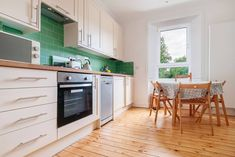 This apartment has recently been furnished and is kitted out with everything you could wish for a comfortable stay. My place is professionally clea. Edinburgh, Theatre, Kitchen Cabinets, Appliances, Lovers, Home Decor, Gadgets, Accessories, Decoration Home