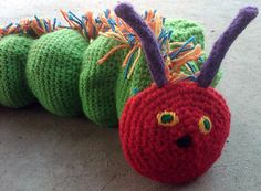 Munching Caterpillar - free crochet pattern