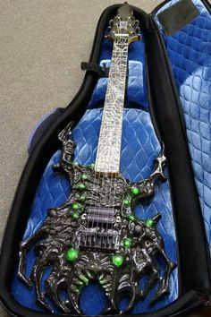 Icon Custom Guitars! m/