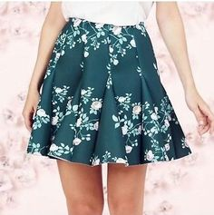 Lauren Conrad Green Floral Skirt Size 4 (Free Shipping) Make Me An Offer 😆
