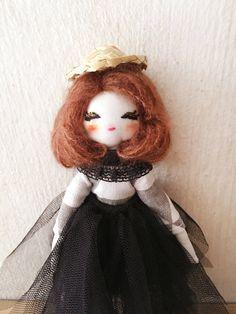 Rustic doll is now available  www.etsy.com/... Rustic doll is now available www.etsy.com/... Hand-crafted that made with care and ❤️ #handmadedoll #doll #handmade #ragdoll #clothdolls #insta #instahandmadedolls #instadolls #dollmaker #uniquegift #girlystuff #girlsdecor #handcrafted #etsy #etsyfinds #etsyshop #etsyhandmade #roomdecoration #etsybestsellers #etsylent #etsyseller #dollstagram #embroidery #手作 #布娃娃