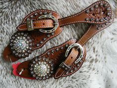 Tooled Leather Western Ladies Spur Straps Crystal Bling Horseshoe Buckle WOW New