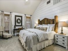 If you like farmhouse bedroom, you will not ever be sorry. If you decide on farmhouse bedroom, you won't ever be sorry. If you go for farmhouse bedroom, you're never likely to be sorry. When you're searching for farmhouse bedroom… Continue Reading → Small Master Bedroom, Master Bedroom Design, Home Decor Bedroom, Bedroom Designs, Bedding Decor, Bedding Sets, Master Suite, Rustic Bedroom Furniture, Decor Room