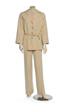 Ensemble 2 pièces, accessoirisé 1 pièce, saharienne, pantalon, ceinture  Création   Yves 1bc9f0c164a
