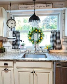 If you are looking for Farmhouse Kitchen Curtains Decor Ideas, You come to the right place. Here are the Farmhouse Kitchen Curtains Decor Ideas. Farmhouse Kitchen Curtains, Kitchen Redo, Rustic Kitchen, New Kitchen, Design Kitchen, Farmhouse Kitchens, Farm Kitchen Decor, Kitchen Layout, Kitchen Styling