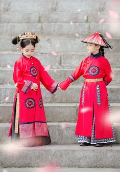 Kids Gown, Chinese Clothing, Cute Little Baby, Folk Costume, Historical Costume, Chinese Culture, Hanfu, Ao Dai, Wedding Dress Styles