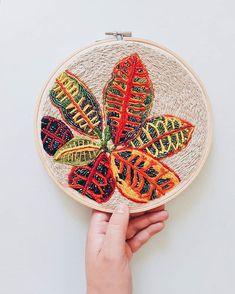 Croton Embroidery by Josefina Jiménez (@jojimenez) Thread Art, Needle And Thread, Beaded Clutch, Punch Needle, Cacti And Succulents, Textile Art, Foto E Video, Instagram, Textiles