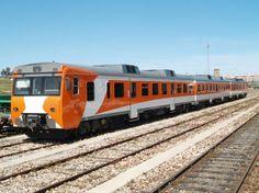 Uno de los trenes diésel más fiables y duraderos que ha tenido Renfe, algunos llevan más de 30 años de servicio.