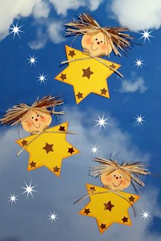 Preschool Christmas Crafts, Christmas Card Crafts, Winter Crafts For Kids, Christmas Activities, Christmas Projects, Christmas Decorations, Christmas Advent Wreath, Christmas Classroom Door, Christmas Mood