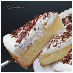 Din bucătăria mea: Tort racoritor cu mere Romanian Desserts, Russian Desserts, Romanian Food, Romanian Recipes, Cake Recipes, Dessert Recipes, Good Food, Yummy Food, Different Cakes