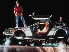 La máquina del tiempo de Volver Al Futuro iba a ser un refrigerador, pero Robert Zemeckis y Steven Spielberg descartaron la idea porque no querían que después de ver la película los niños se metieran adentro y quedaran atrapados