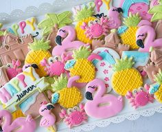 Beach summer sugar cookies decorated with royal icing - cookie art - Summer Cookies, Fancy Cookies, Cute Cookies, Heart Cookies, Hawaiian Cookies, Pineapple Cookies, Galletas Decoradas Royal Icing, Galletas Cookies, Sugar Cookie Royal Icing
