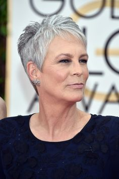 35 Best Short Haircuts For Women Over 50 With Fine Hair - Bebeautylife Haircut For Older Women, Short Hair Cuts For Women, Short Hairstyles For Women, Super Short Hair, Short Grey Hair, Grey Pixie Hair, Short Hair Over 60, Edgy Pixie, Asymmetrical Pixie