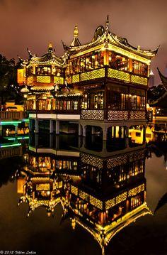 Huxinting Tea House, Shanghai