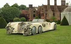 The Nautilus Car By Peugeot :)