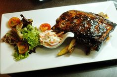 MAIN COURSE Half Rack of Ribs Smoked baby back ribs with barbecue sauce,coleslaw,side salad and chips