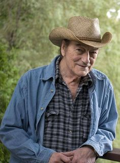 Thank you, Stompin' Tom Connors. We needed you - The Globe and Mail Canadian Facts, Canadian Things, I Am Canadian, Canadian Girls, Canadian History, Canadian People, Popular People, Famous People, Canada Eh