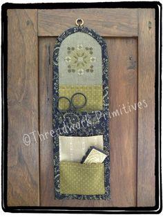Threadwork Primitives/Nan Lewis - Shamrock Wreath Huswif