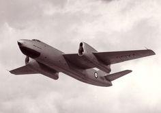 VX158 Short-Sperrin Gyron at Farnborough '56. The golden age of weird looking planes.