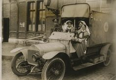 WW1 British Ambulance and Nurses