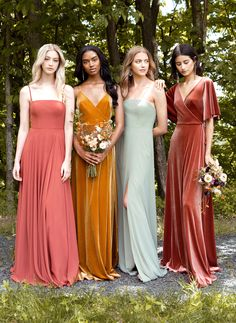Chic bridesmaids dresses you'll definitely want to wear again. Jenny Yoo's Fall 2019 bridal party collection is filled with mismatched long luxe gowns (that can be cut short for a more casual look pos Spring Bridesmaid Dresses, Velvet Bridesmaid Dresses, Mismatched Bridesmaid Dresses, Wedding Bridesmaids, Mexican Bridesmaid Dresses, Alternative Bridesmaid Dresses, Mustard Bridesmaid Dresses, Green Bridesmaids, Bridesmaid Dress Styles