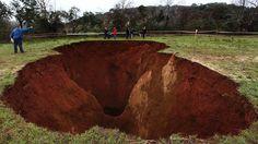Cratera com 100 metros de profundidade em Marvão