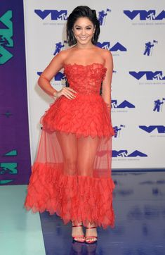 Sexy Legs All the Time! Vanessa Hudgens, Sexy Legs, Red Carpet, Strapless Dress, Formal Dresses, Celebrities, People, Collection, Fashion
