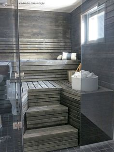 One of their wishes is a Sauna! This image is very inspiring: Sauna on the Arctic Circle with Tulikivi Sumu saunaheater. Sauna Steam Room, Sauna Room, Saunas, Sauna Hammam, Piscina Spa, Sauna Shower, Sauna Design, Outdoor Sauna, Finnish Sauna