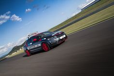 Škoda Octavia RS Safety Car in its full beauty on the racing circuit Autodrom Most   Návrh designu vozu Octavia RS Safety Car v plné kráse na závodním okruhu Autodrom Most