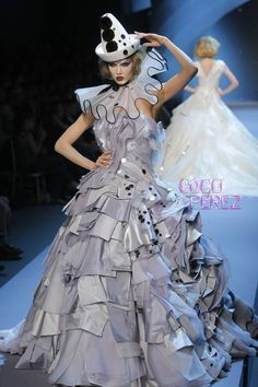 Dior Haute Couture | The reviews are in for the first Christian Dior Haute Couture ...