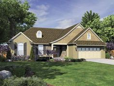 Traditional House Plan with 1681 Square Feet and 3 Bedrooms from Dream Home Source   House Plan Code DHSW64908