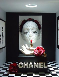 CHANEL display by Group A students of Artidi Escuela Superior, Barcelona, Spain, pinned by Ton van der Veer