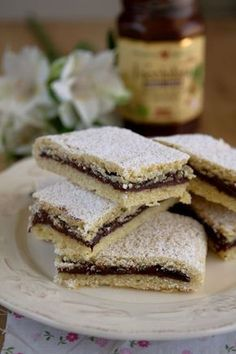 Bake your favorite treats with our many sweet recipes and baking ideas for desserts, cupcakes, breakfast and more at Cooking Channel. Mini Desserts, Easy Desserts, Dessert Recipes, Easy Chocolate Pudding, Chocolate Desserts, Dessert Simple, Easy Egg Recipes, Sweet Recipes, Cooking Cake